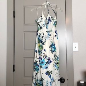 New💕ivory maxi floral dress with low back NWOT
